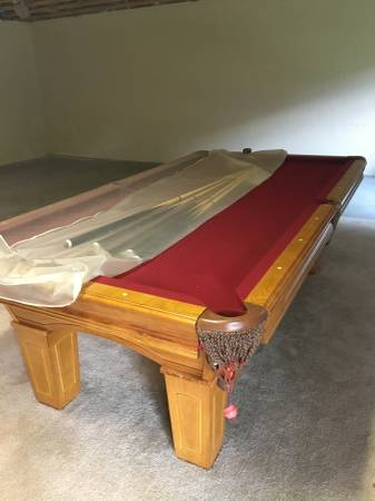 Beringer Sierra 8ft Pool Table, Slate Top, Great Shape, Hardly Used. You  Will Need To Move.