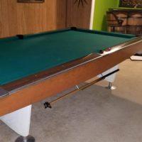 1962 Restored Brunswick Goldcrown 9ft Pool Table